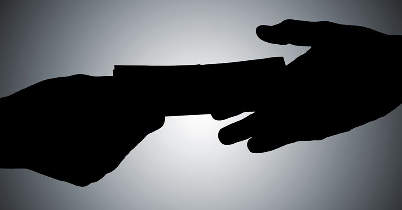 Честный полицейский наКубани отказался отвзятки курильщика